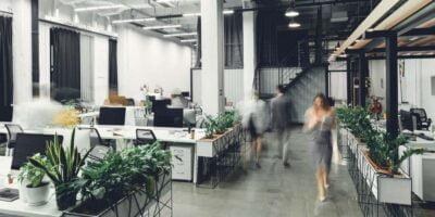 výroba kancelářského nábytku na míru
