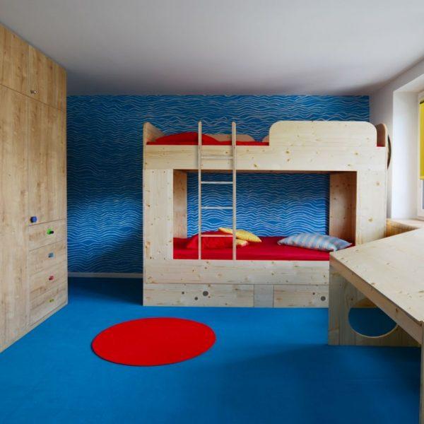 Growing children's room