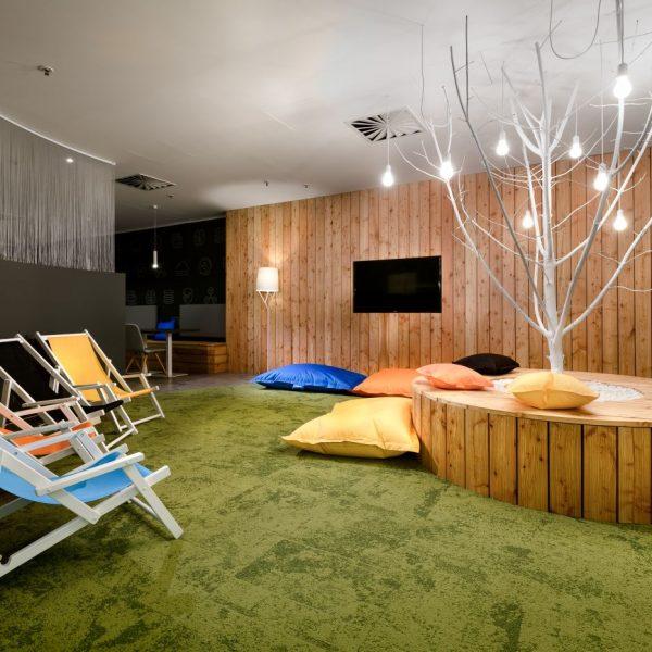 Solarwinds office furnishing